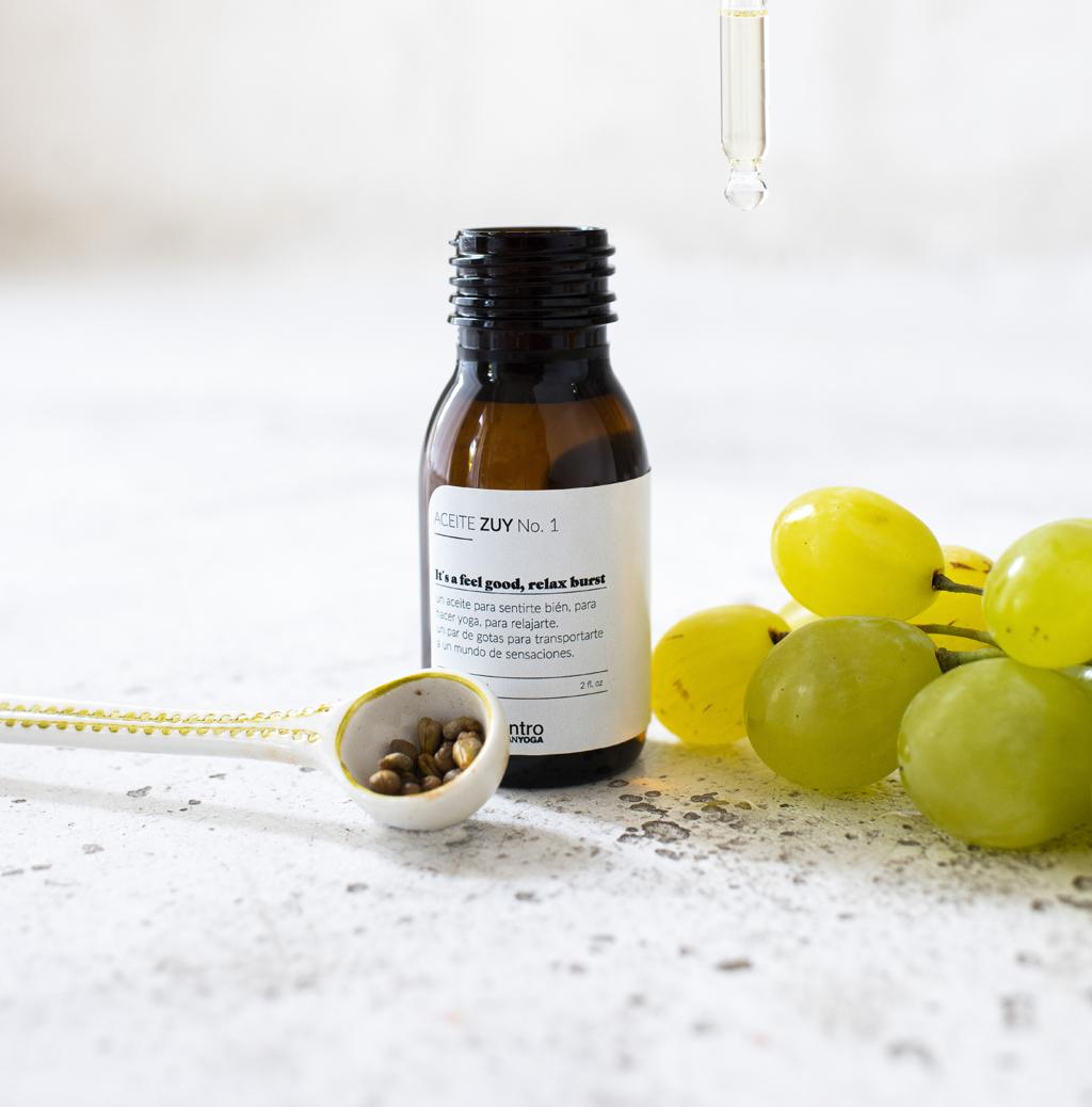 aceite esencial y uvas